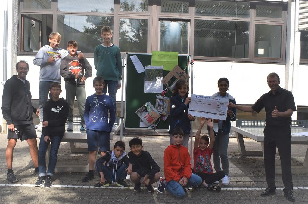Schüler der Carl Dittler Realschule Remchingen erlaufen 8000 Euro